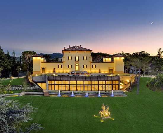 Golf und Luxus auf den Hügeln um Bologna