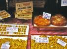 Bologna: Lokale Köstlichkeiten in den Auslagen <br>© Kulturtouristik