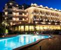 Abendstimmung am Poolbereich Ihrer Residenz <br>© Kulturtouristik (Hotel)