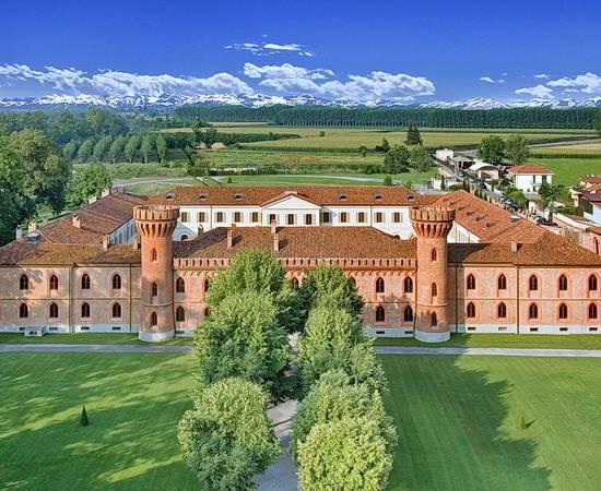 VESPA TOUR: Piemont, Weinhügel riechen und Ruhe tanken