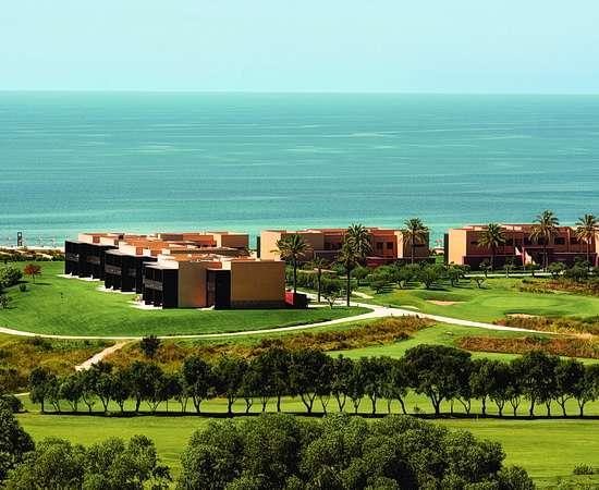 Golf im Luxusresort direkt am Meer auf Sizilien