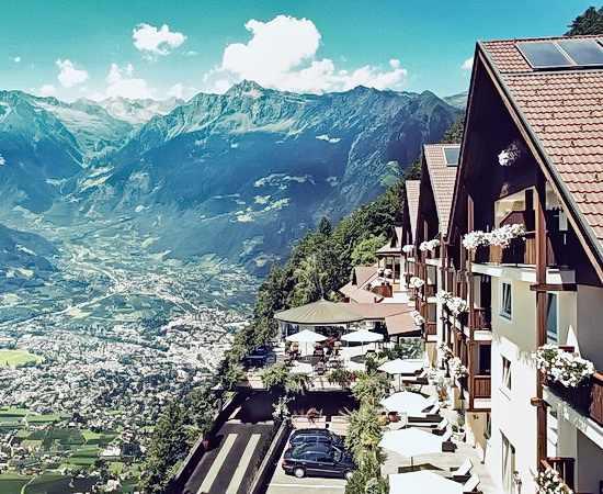 Zwei Orte zum Verlieben: Boutique Hotel und Landgut in Südtirol