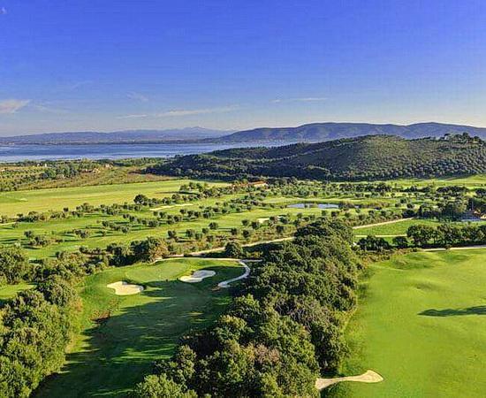 Blick über den Golfplatz <br>© Kulturtouristik (Hotel)