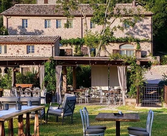 Trüffelsuche und sensorielles Erlebnis im Garten der Vergangenheit bei Assisi